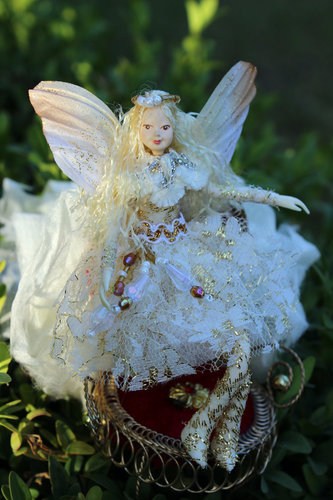 Princess fairy off-white